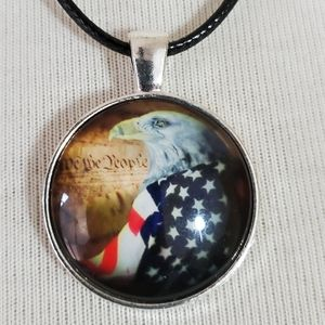 Jewelry - Bald eagle American flag cabochon necklace NWT
